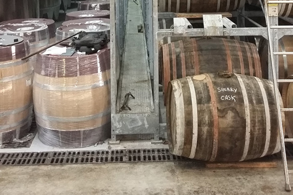 3 6 racks stockage barriques hine